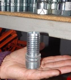 Соединение с резьбой для 25 мм, литое мама - фото 6863